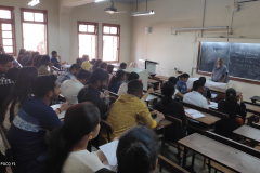 Session-by-Dr.-Neelima-Bhadbhade-at-10-days-Orientation-programme-for-JMFC-exam